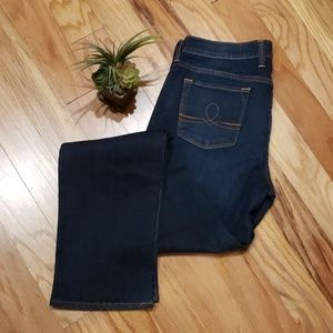 Sz 10/30 Lucky brand Sofia Straight Jeans